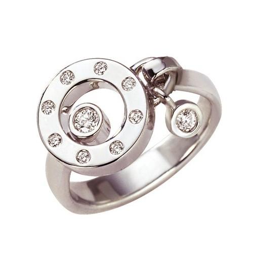 Bague design en diamants